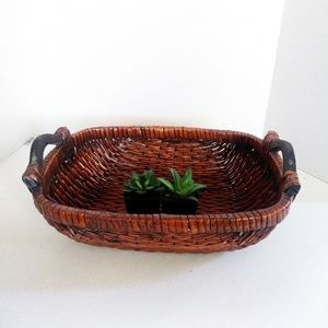Other - WOVEN tray basket